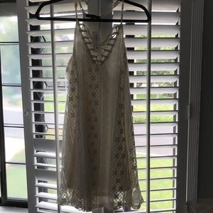 Kendall and Kylie dress!